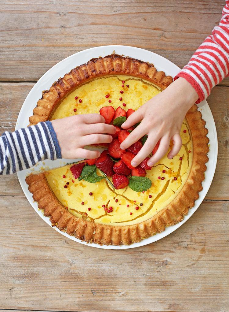 zitronen-erdbeer-kuchen-held-am-herd